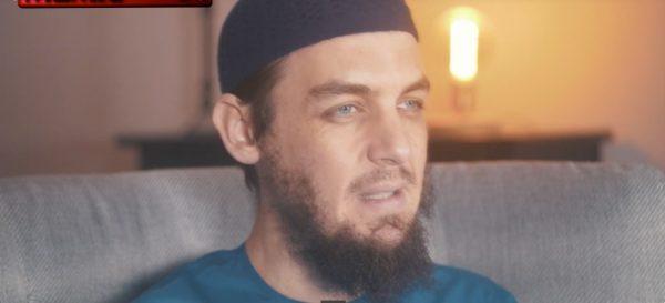"""Un """"savant musulman"""" : « les femmes doivent obéir complètement à leurs maris ; même lécher un ulcère couvert de pus et de saignement qui recouvre le corps de son mari ne remplirait pas ses obligations envers lui » (Vidéo)"""