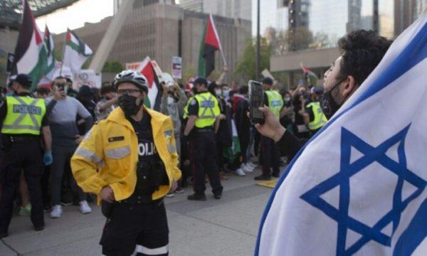 """Les islamistes ont importé leur """"haine totale des juifs"""" : la communauté juive du Canada secouée par des incidents antisémites"""