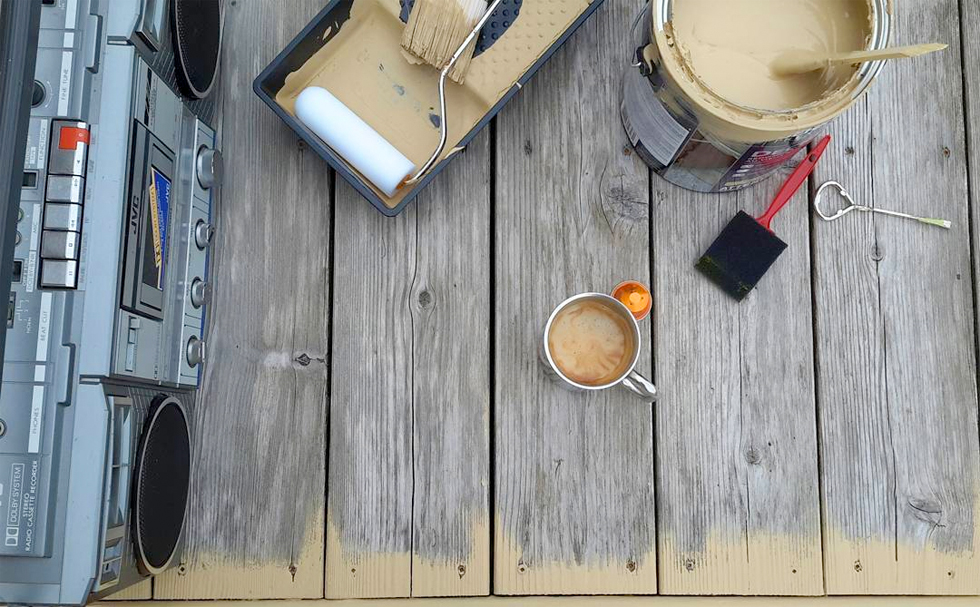 Resealing a deck in September
