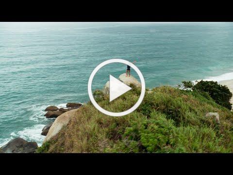 Carlos Vives - La Tierra del Olvido (Official Video Remastered)