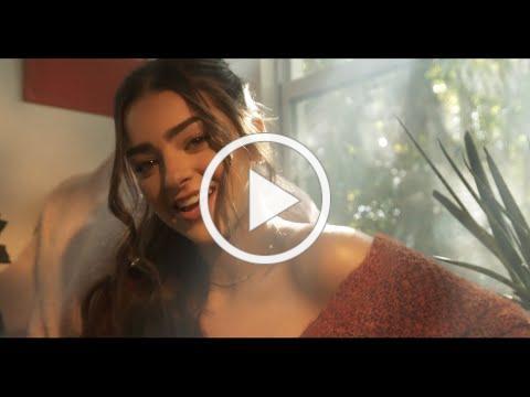 Adriana Torrón ft Pascal - Al Revés (Video Oficial)