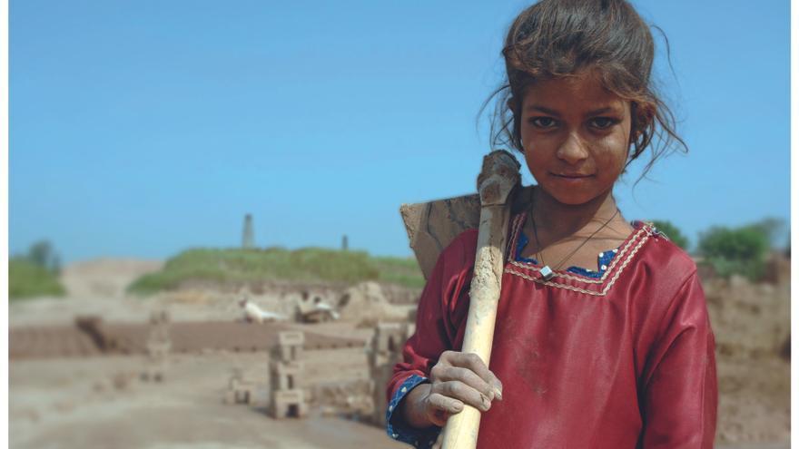 Las niñas en situación de trabajo infantil han disminuido en un 40% desde el año 2000, los niños, sólo en un 25% / Fotografía: OIT