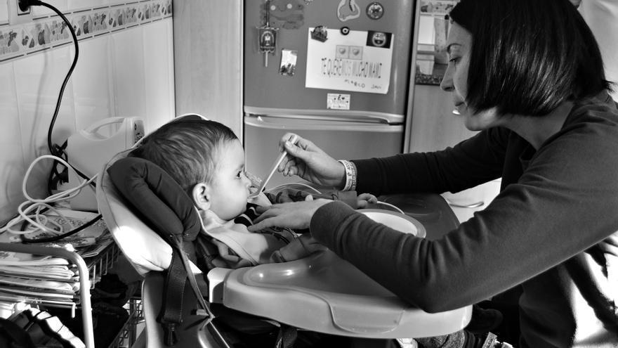 Hugo y su familia solo pudieron contar con la ayuda de un equipo de cuidados paliativos pediátricos en los últimos momentos de su vida.