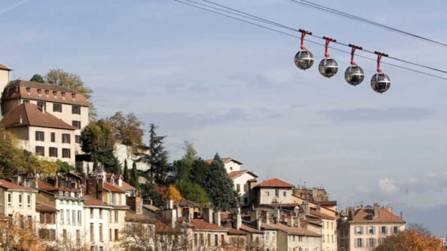 """Subvention de l'Etat : la Métropole de Lyon """"prend les habitants pour des imbéciles"""", selon trois maires anti-téléphérique"""