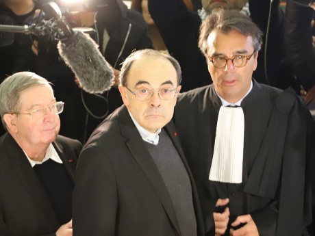 Le cardinal Barbarin avant son audition - Lyonmag.com