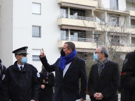 Cédric Van Styvendael et Pascal Mailhos dans le quartier du Tonkin ce mardi - LyonMag