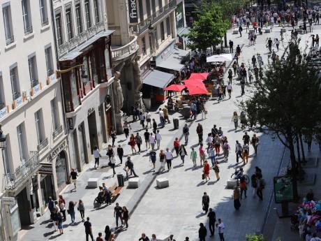 La rue de la République fait partie du secteur interdit - Lyonmag.com
