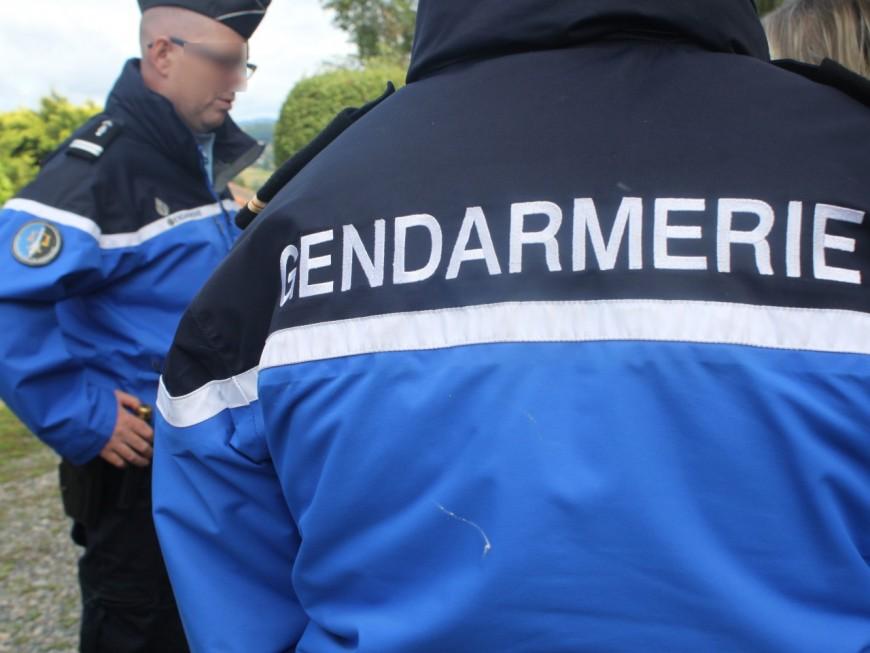 Près de Lyon : spectaculaires prise d'otages et braquage dans une fonderie d'or