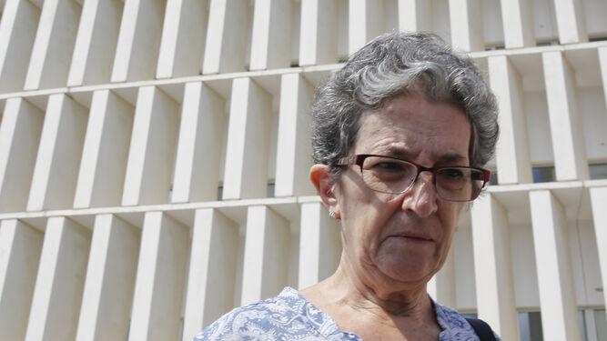 Antonia Guevara en la Ciudad de la Justicia.