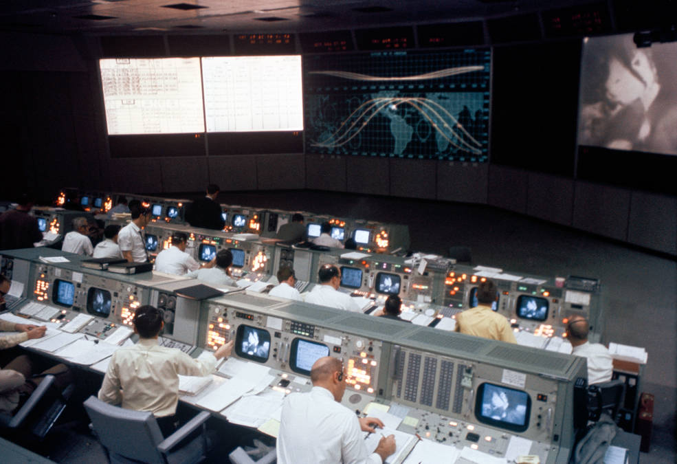 NASA Invites Media to Opening of Newly-Restored Apollo Mission Control Center