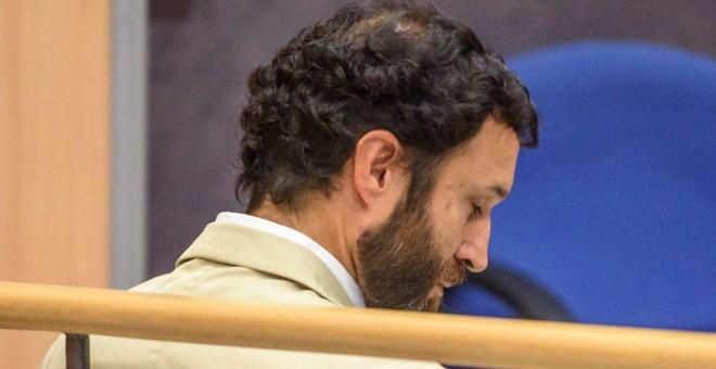 El exprofesor del colegio Gaztelueta del Opus Dei acusado de abusos sexuales a un alumno  | EFE