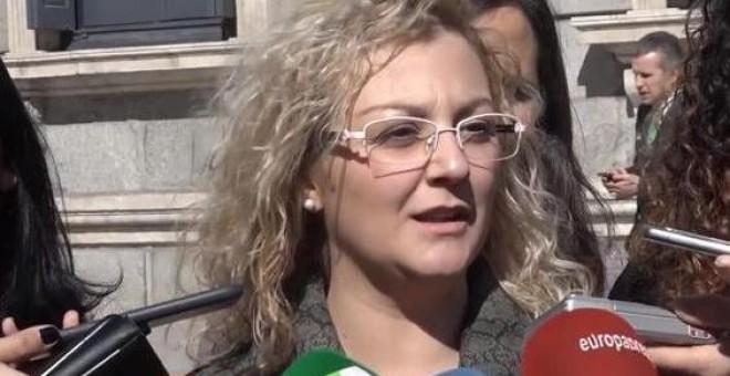 María Sevilla, la presidenta de Infancia Libre en una comparecencia ente los medios de comunicación