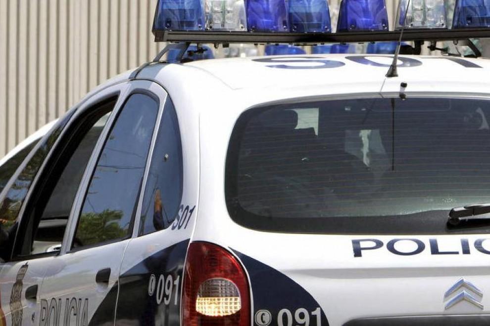 Imagen de archivo de un coche de la Policía Nacional./ EFE