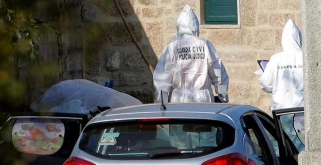 16/09/2019 - Vista de la zona precintada por el triple crimen cometido en la mañana de este lunes en la parroquia de Cordeiro de Valga (Pontevedra)