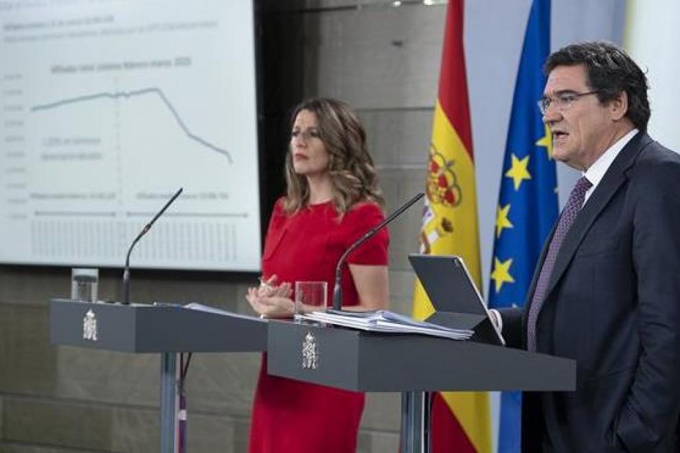 Los ministros de Inclusión y de Trabajo, José Luis Escrivá y Yolanda Díaz, presentaron este jueves los efectos de la pandemia en el mercado laboral.