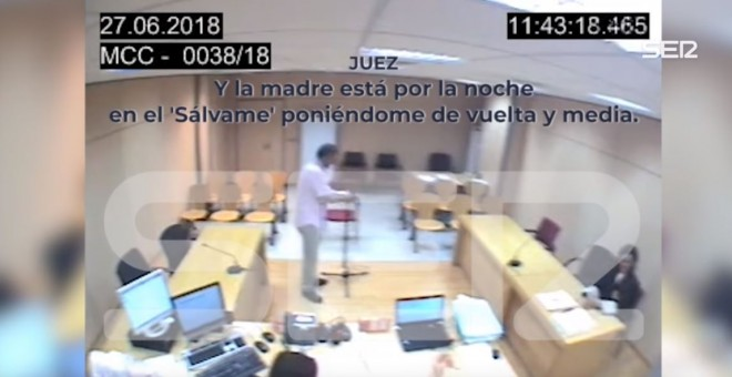 Fotograma del vídeo en el que el juez se burla con la fiscala y letrada de la víctima de violencia machista - La Cadena SER
