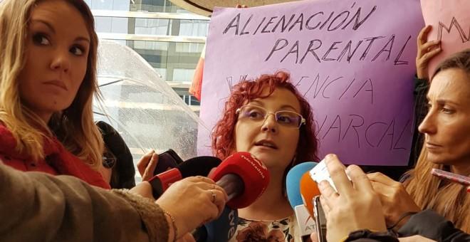 María Sevilla, expresidenta de Infancia Libre, tras declarar ante la Fiscalía el pasado 29 de noviembre